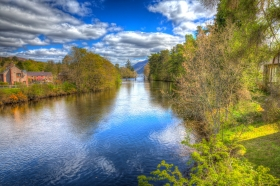 Loch Oich in Glen More